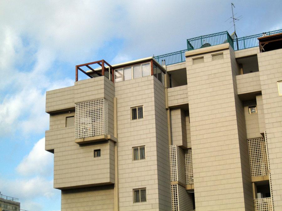 סגירת מרפסות וחדרים